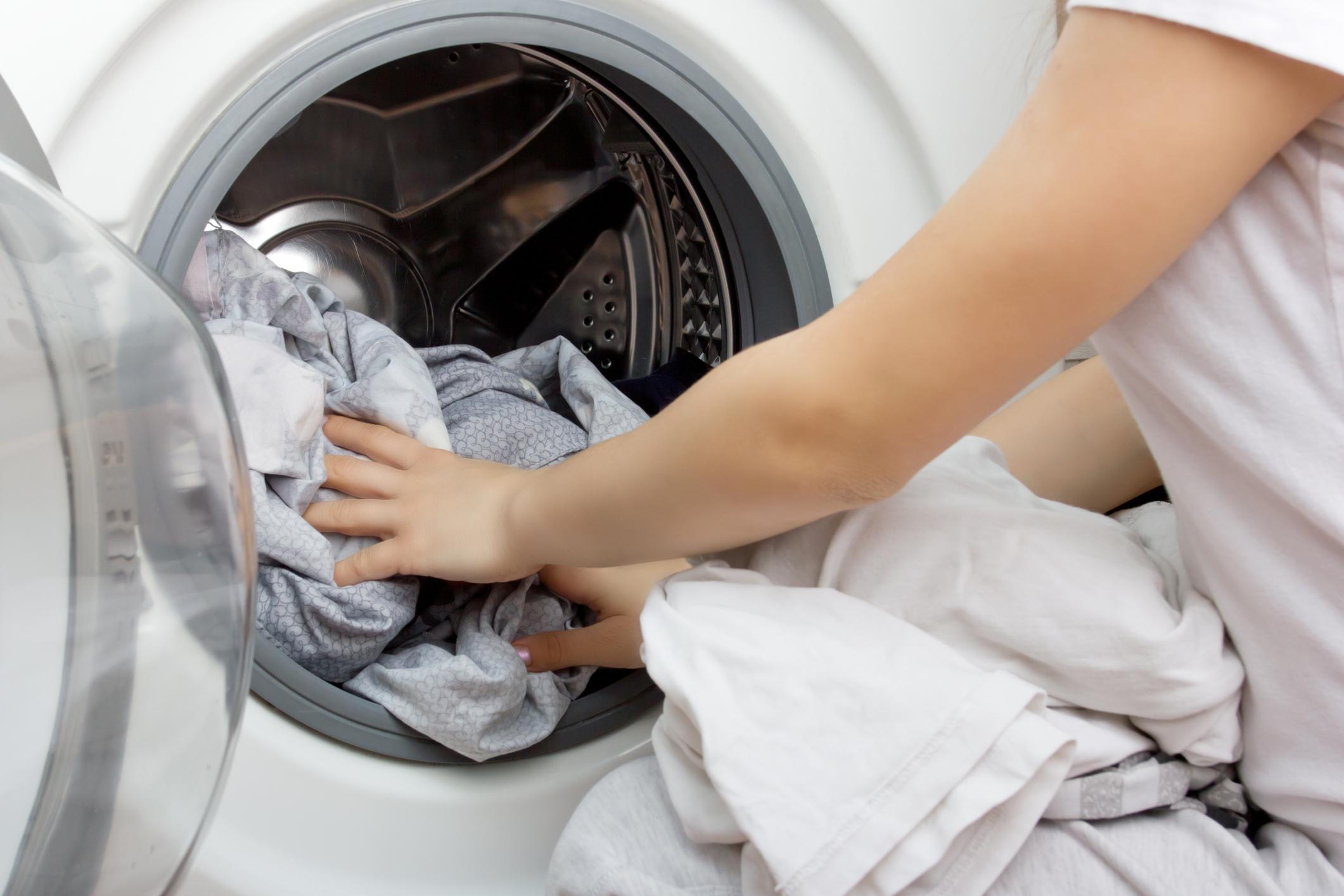 Vask klærne sjeldnere